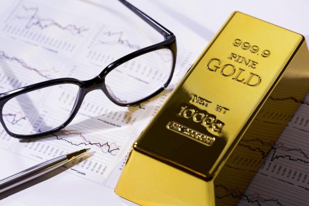 Gold down- U.S. Jobs Data, Oil down